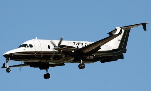 raytheon beechcraft 1900d limitations rh smartcockpit com beechcraft 1900d pilot operating handbook beech 1900d pilot operating handbook
